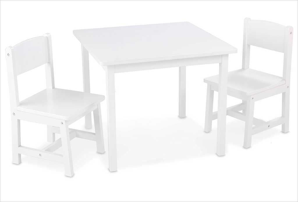 petite table en bois blanche pour enfant et 2 chaises kidkraft. Black Bedroom Furniture Sets. Home Design Ideas