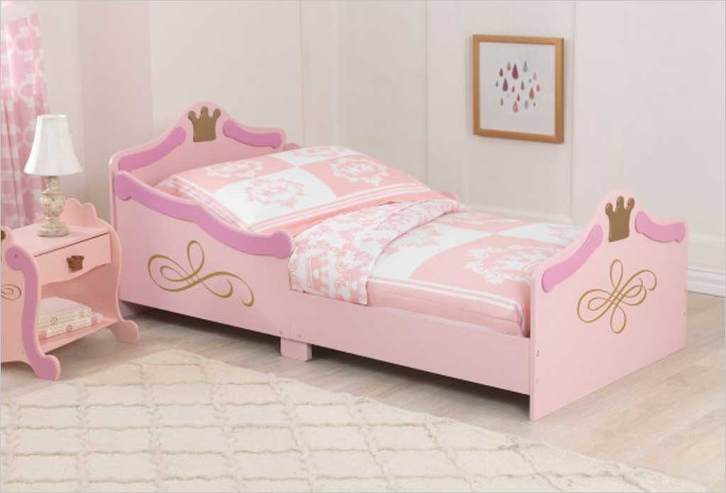 lit de princesse kidkraft lit 18 mois b b fille sur apesanteur. Black Bedroom Furniture Sets. Home Design Ideas