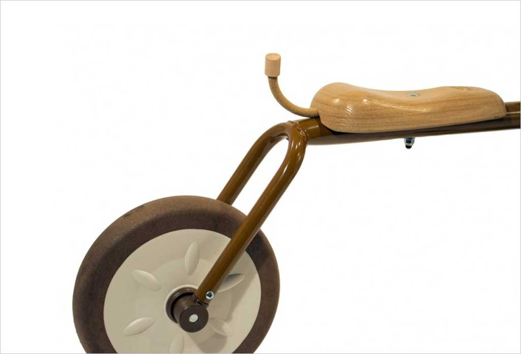 tricycle en m tal italtrike nature 12 italtrike petit loup 9704for. Black Bedroom Furniture Sets. Home Design Ideas